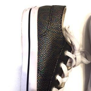 Airwalk Shoes - Airwalk Women's Legacee Black Texture Sneaker